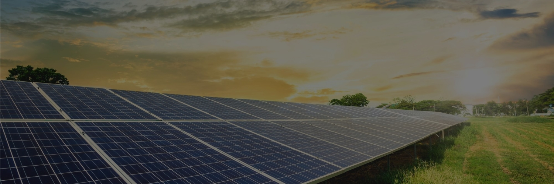 solar-panel-cell-dramatic-sunset-sky-clean-alternative-power-energy-concept_副本